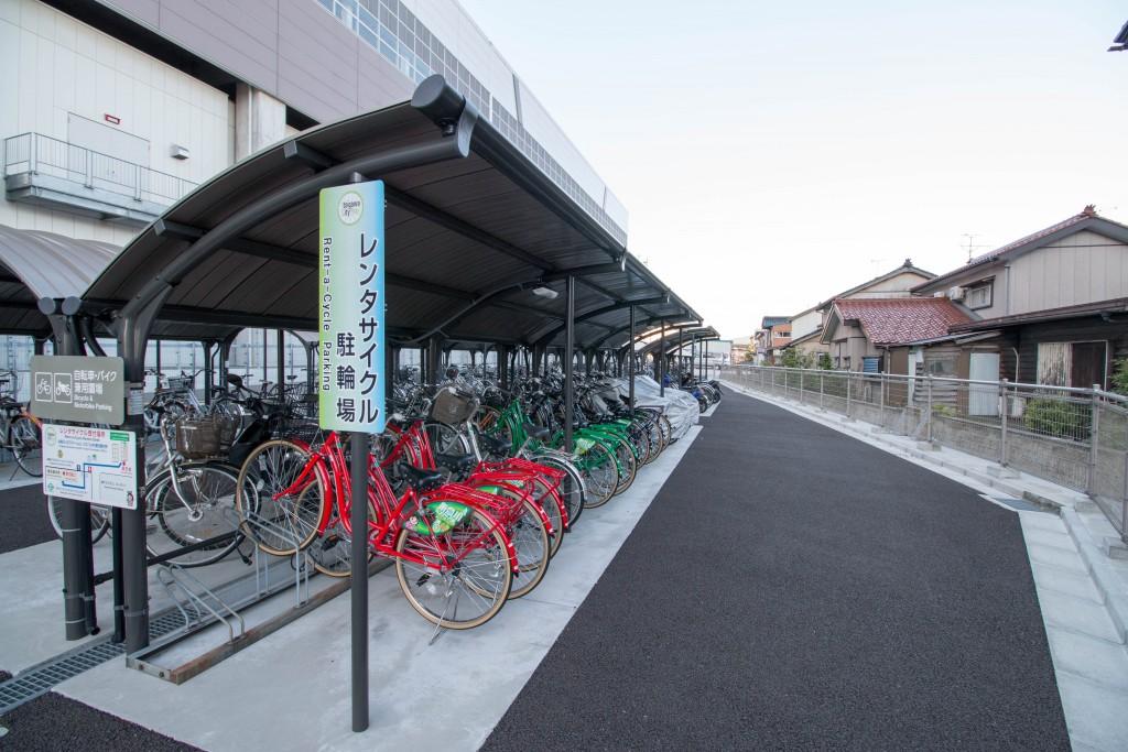 アルプス口側自転車置き場