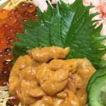 三色丼 シーサイド磯貝