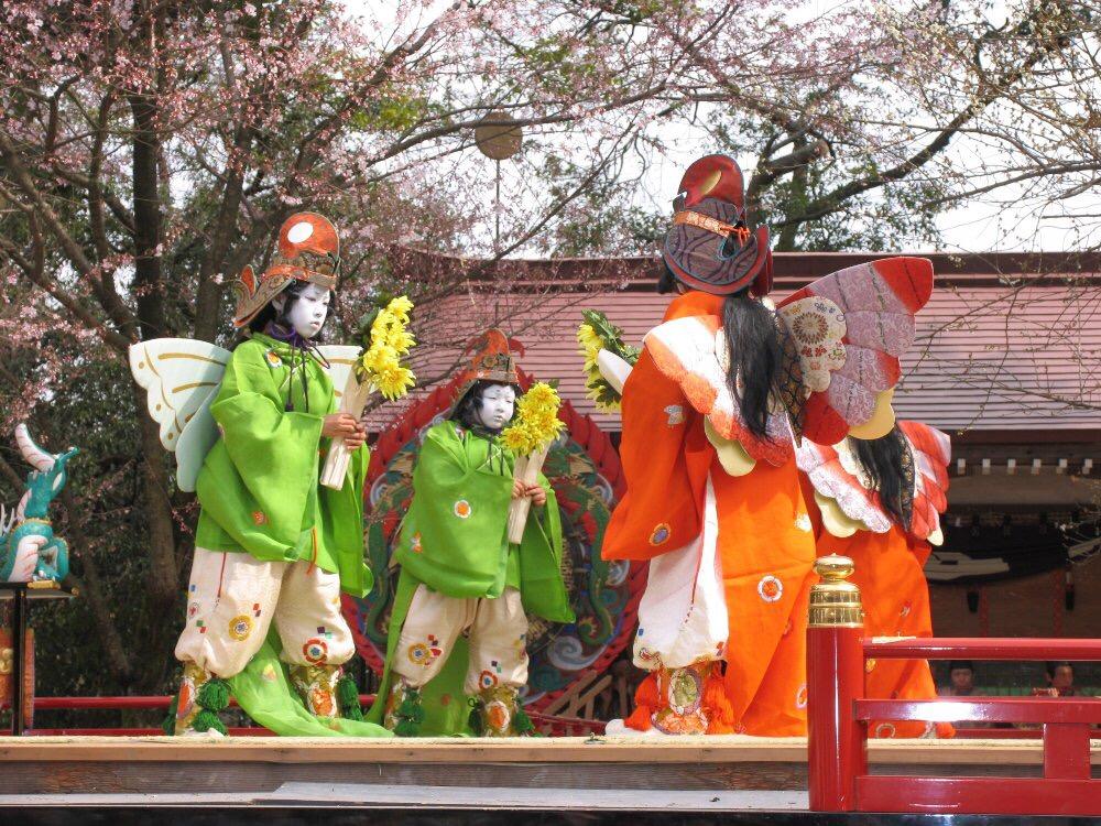 糸魚川けんか祭り 天津神社 舞楽 鶏冠